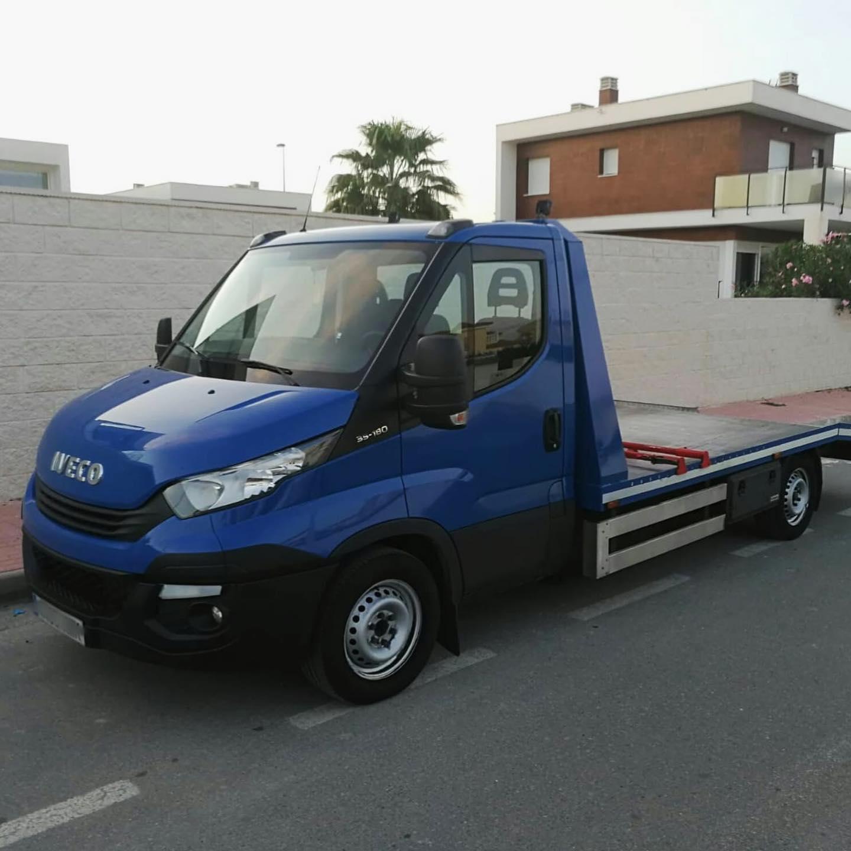 Grua_Iveco_Azul_Kimbo_Car